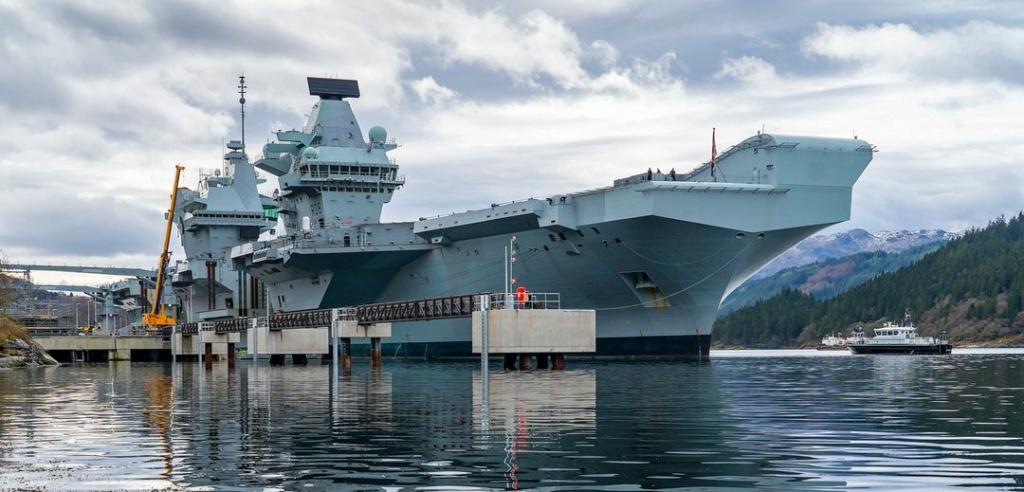 Royal Navy : les news - Page 8 753
