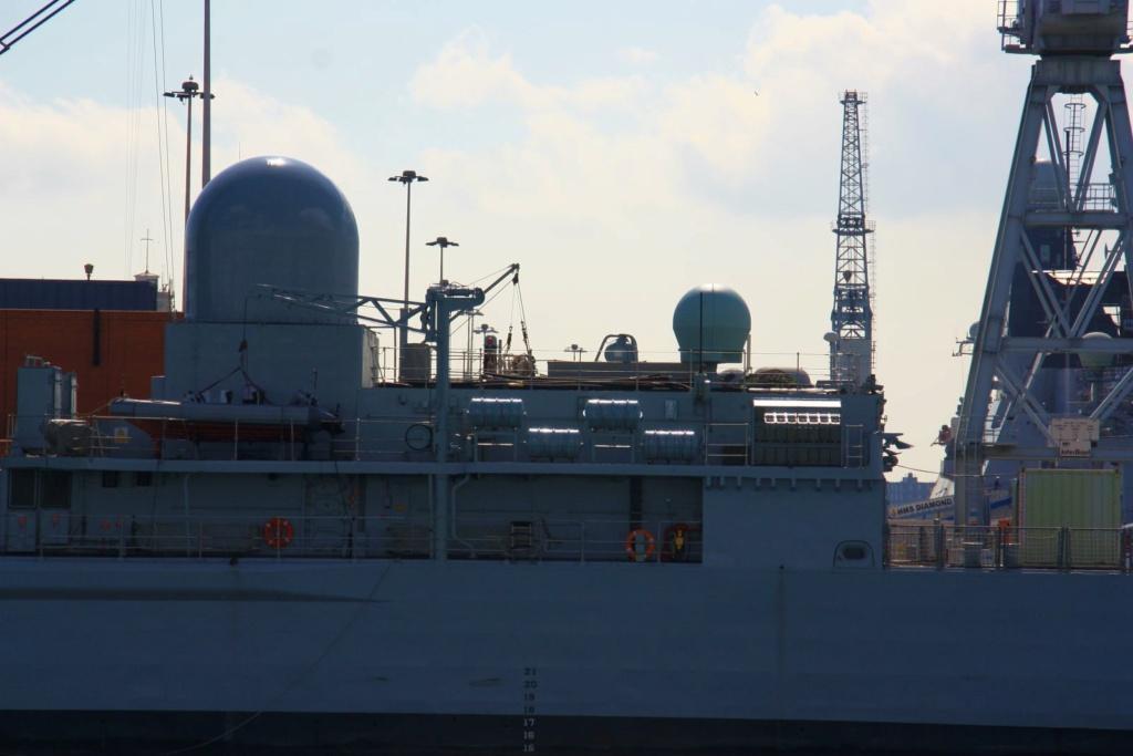 Royal Navy : les news - Page 8 838