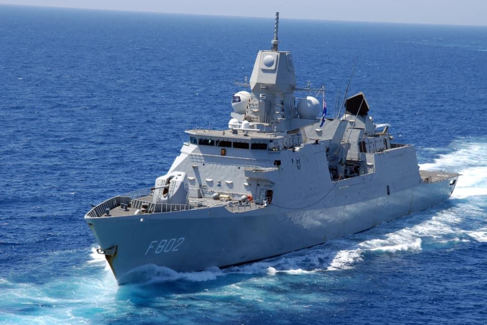 Koninklijke Marine : les news - Page 8 883