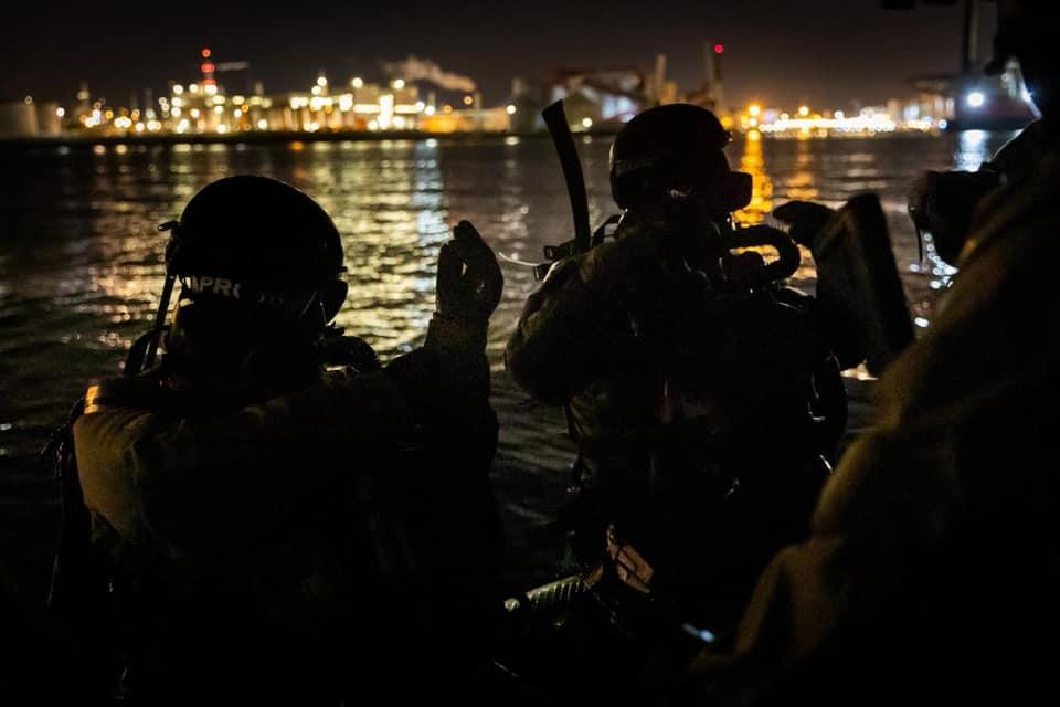 Koninklijke Marine : les news - Page 7 943