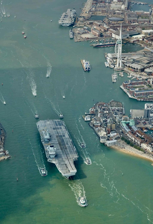 Royal Navy : les news - Page 10 966
