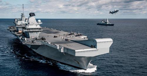 Royal Navy : les news - Page 7 Safe_i15