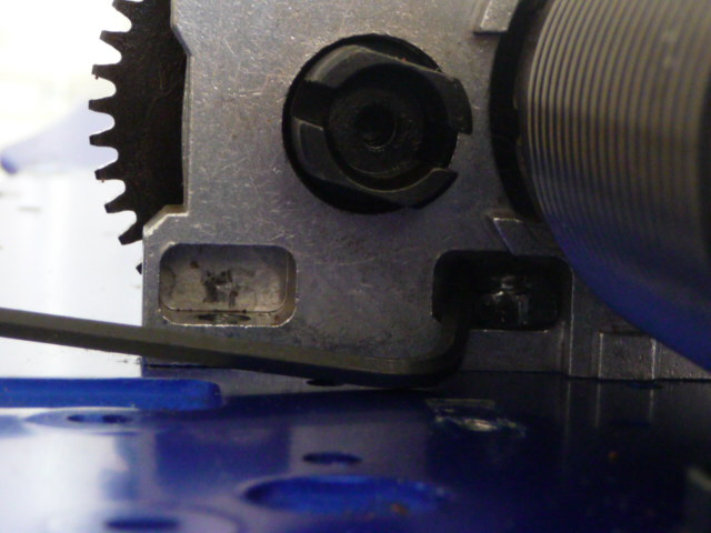 Serrage Fixation moteur Inferno VE Differ11
