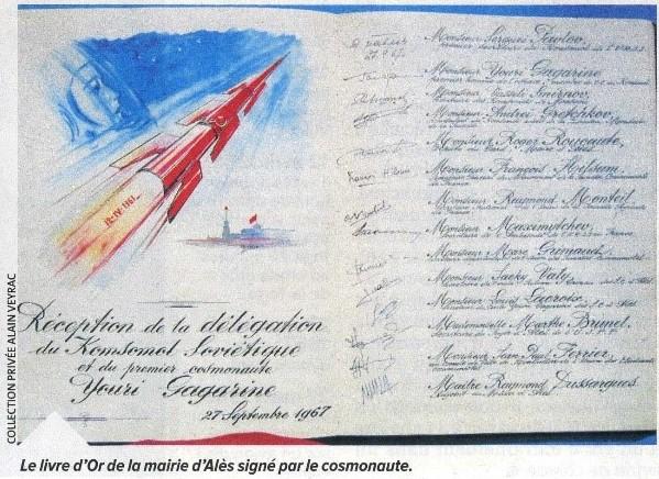 Signatures inconnues de cosmonautes russes ? Gagari10