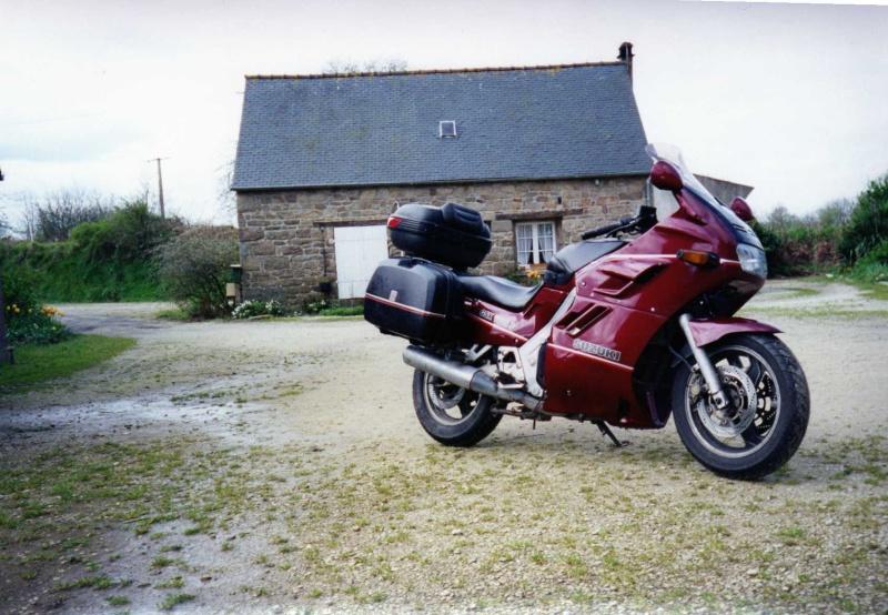 mes diverses motos Gsxf10
