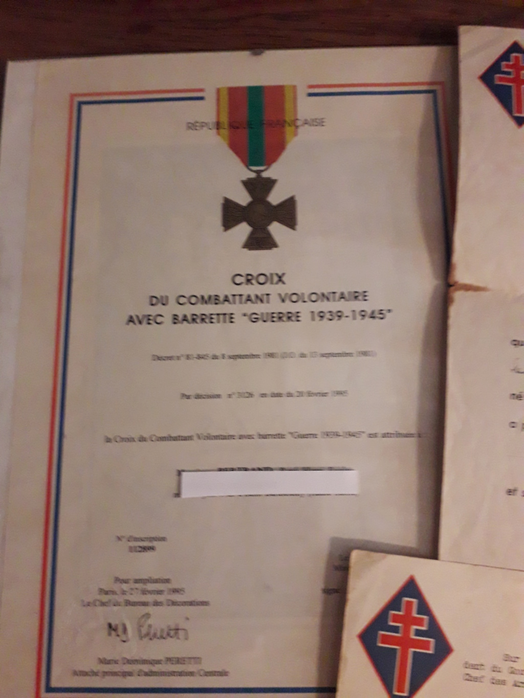 Papiers d'engagements, diplome , medaille du grand père 20181111