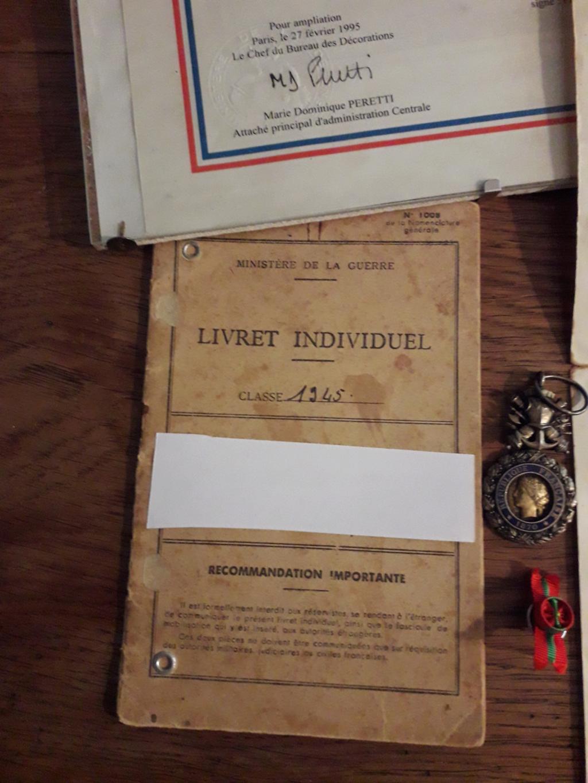 Papiers d'engagements, diplome , medaille du grand père 20181114