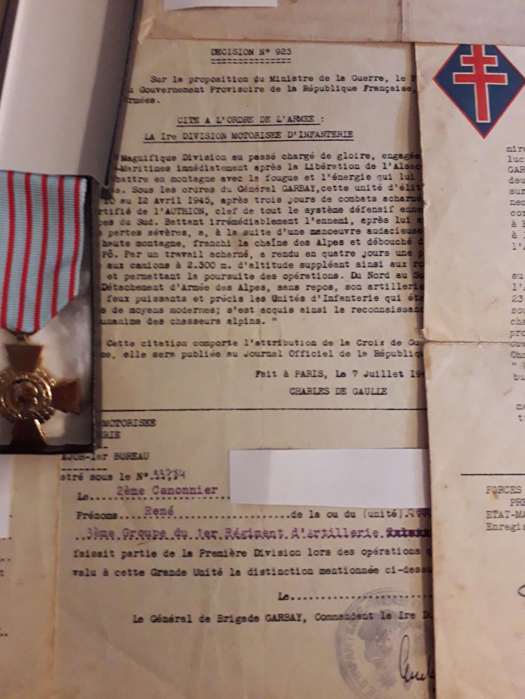 Papiers d'engagements, diplome , medaille du grand père 20181117