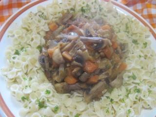 pâtes petits paniers et champignons,épices Massalé.photos. Pate_a10