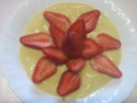 fraises sur un lit a la crème vanille.photos. Fraise14