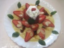 fraises sur un lit a la crème vanille.photos. Fraise17