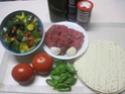 tortillas garnis de boeuf haché et légumes.photos. Tortil11