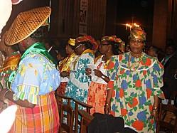 Dieu monoculturel et mondialisateur Antill10
