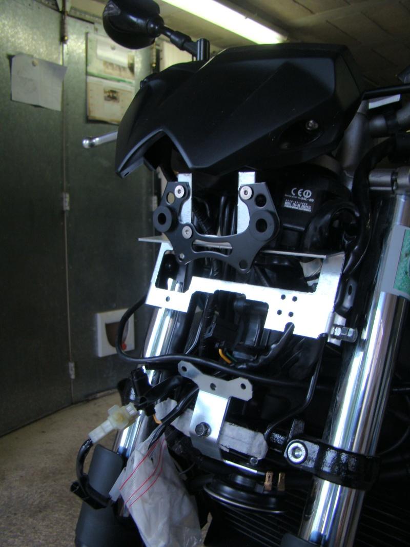 Montage optique XJ6 sur FZ6 - Page 2 Dsc04112