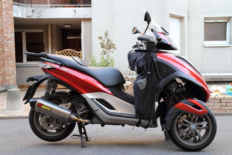 [Vendu] Yourban 300 Rouge Ibis avec Akrapovic - 11800 km - 01/2012 _mg_2011