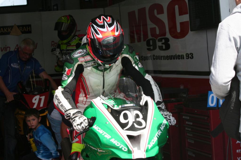 Sujet: Re: [Pit-Laner en course] Rom1 Monticelli (1000 FSBK)  223