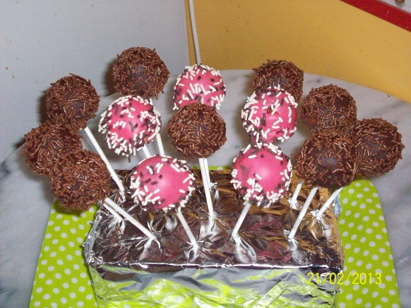 Cake pops - Page 9 100_4031