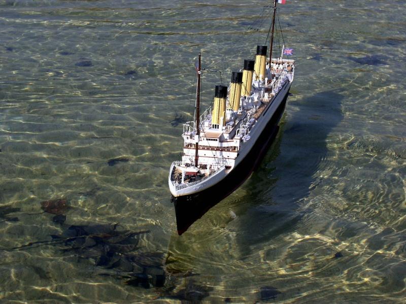 le Titanic 1er essais de navigation P1010026