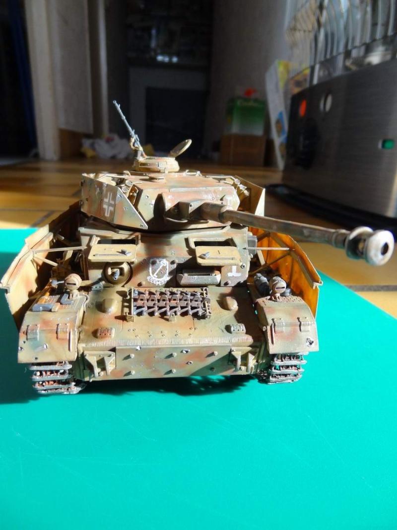 panzer IV Gunze - Page 2 21_pan12