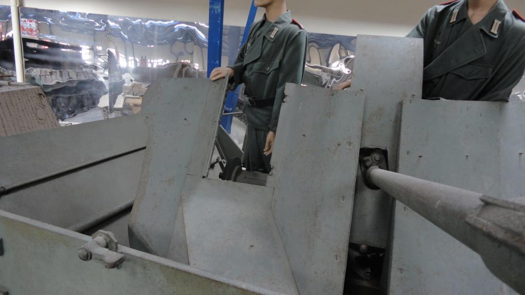 Flakpanzer Ostwind - Silésie 1945 - Terminé - Page 2 Dsc04837