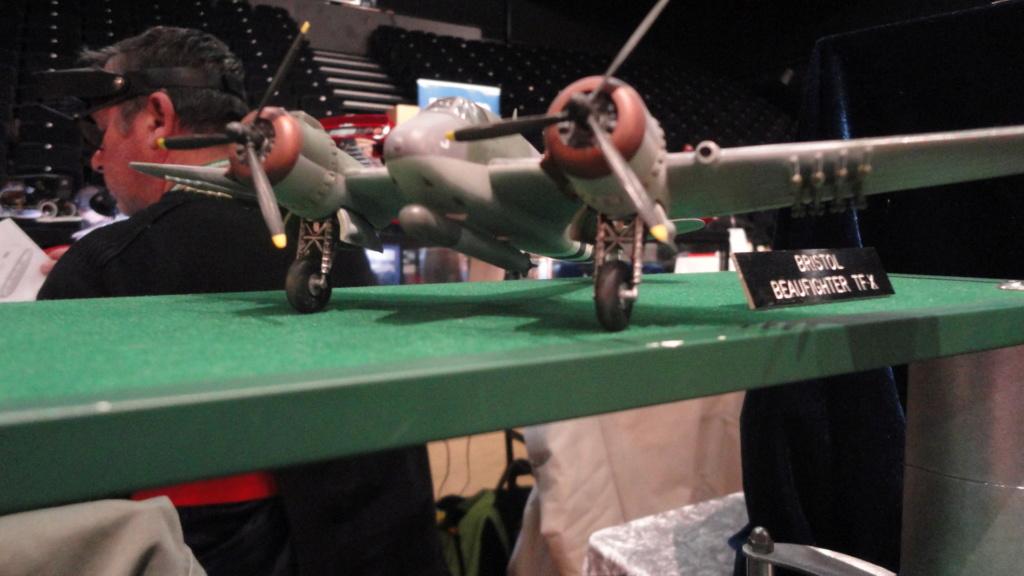 Bristol Beaufighter tf.x Airfix 1/72,et Matador  Dsc05709