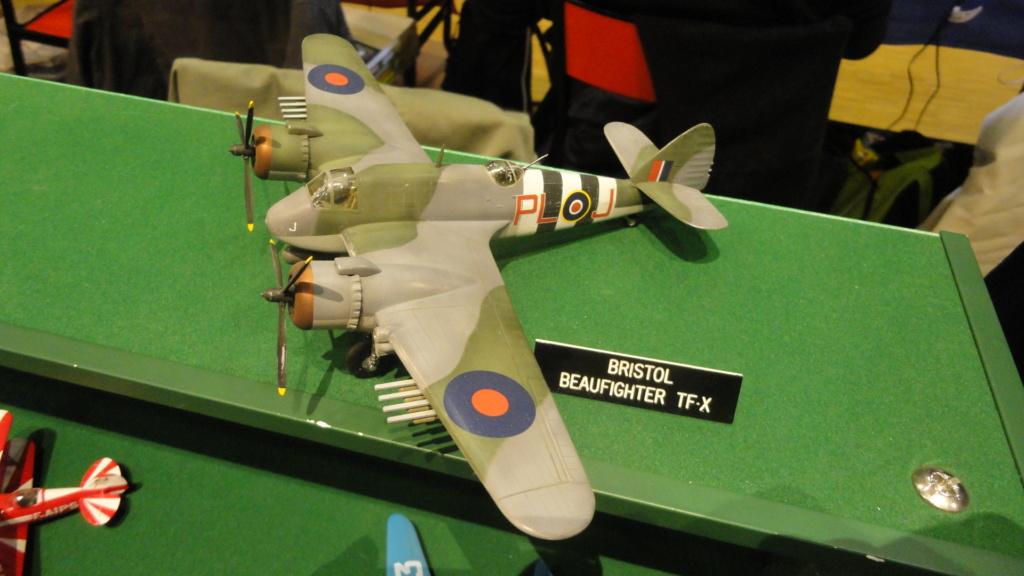 Bristol Beaufighter tf.x Airfix 1/72,et Matador  Dsc05800