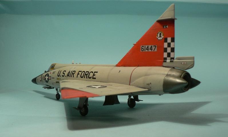 [Hasegawa] Convair F-102 Delta Dagger 1-211