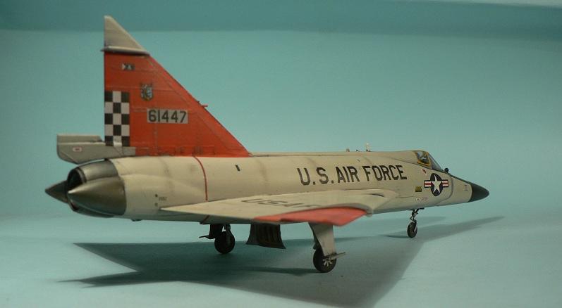 [Hasegawa] Convair F-102 Delta Dagger 1-311