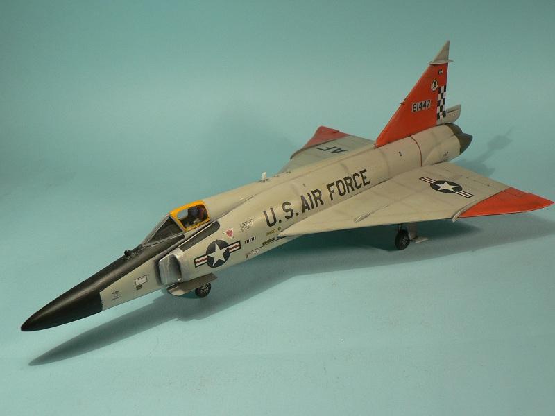 [Hasegawa] Convair F-102 Delta Dagger 1-510