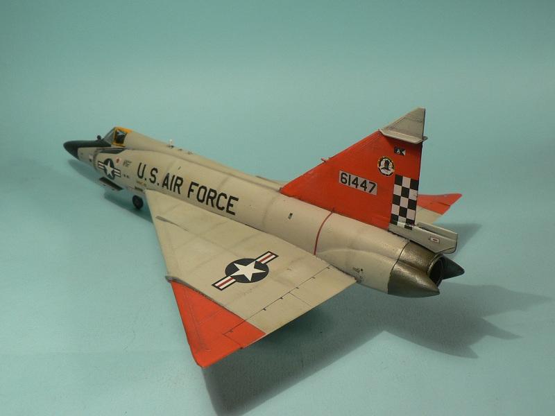 [Hasegawa] Convair F-102 Delta Dagger 1-610