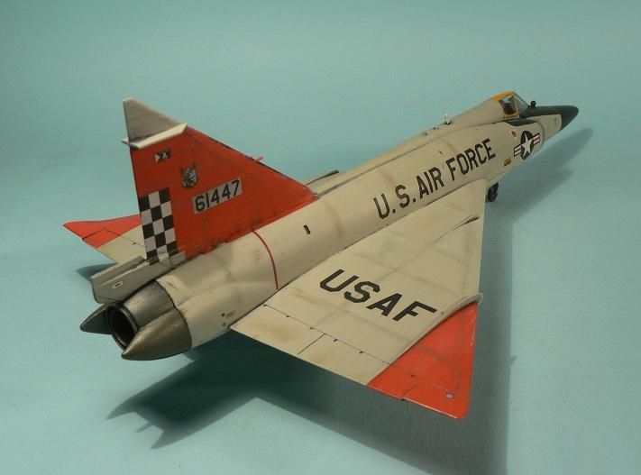 [Hasegawa] Convair F-102 Delta Dagger 1-710