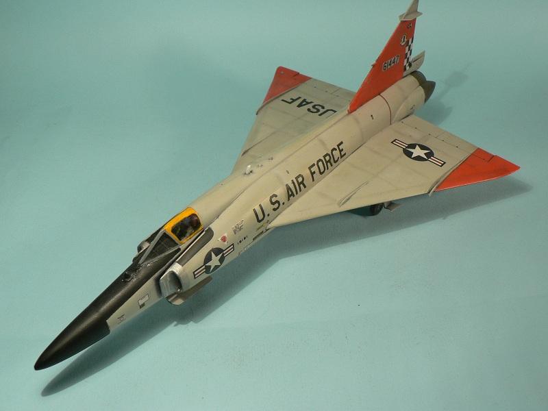 [Hasegawa] Convair F-102 Delta Dagger 1-910