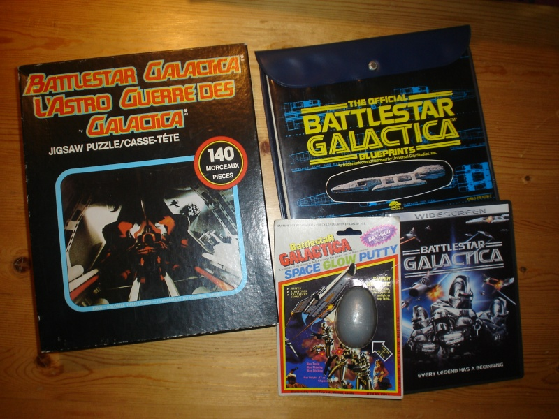 Does anyone else collect vintage Battlestar Galactica? Dsc06313