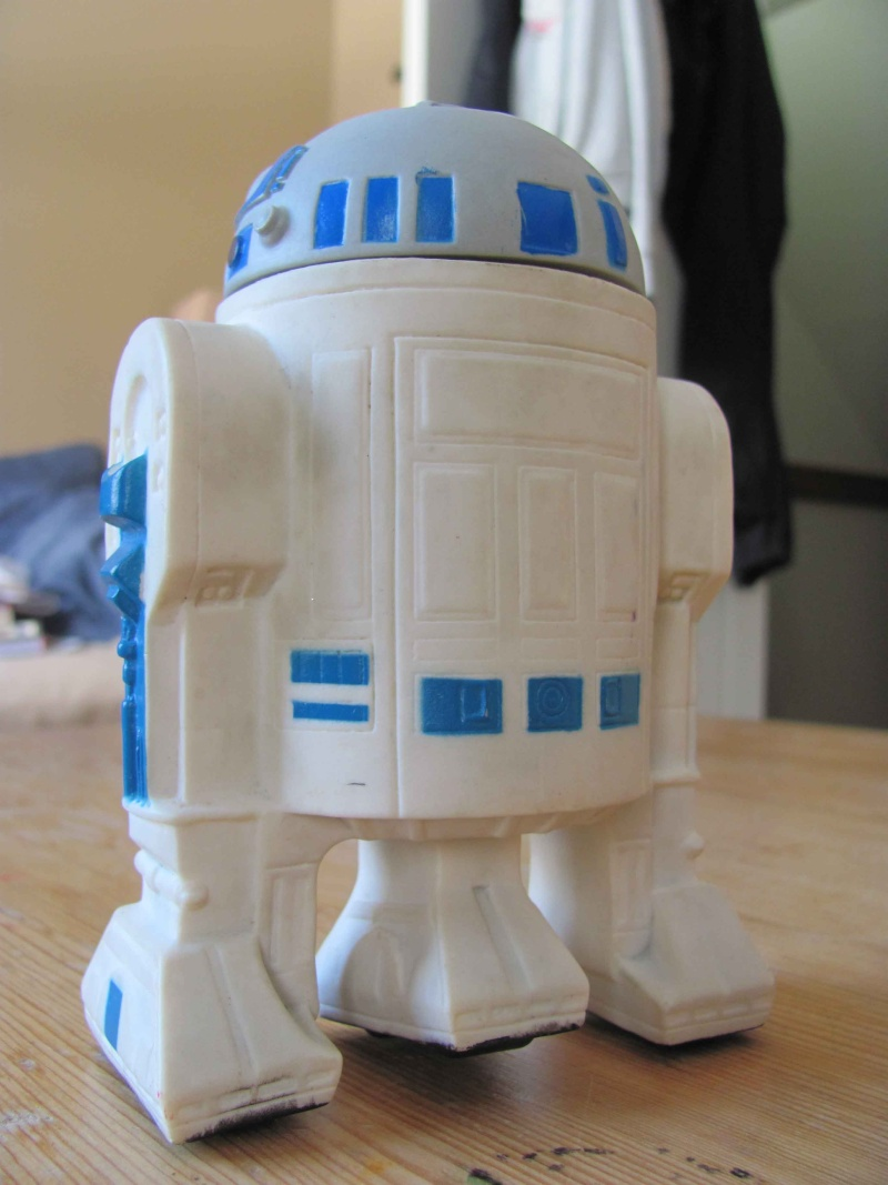 BANKS & WALLETS  R2d2_p11