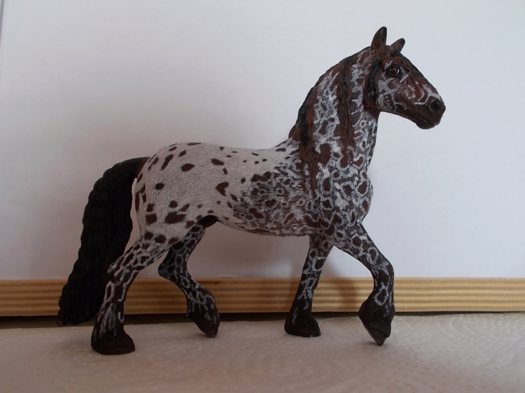 I started with repainting - Schleich horses - Page 4 Friese10