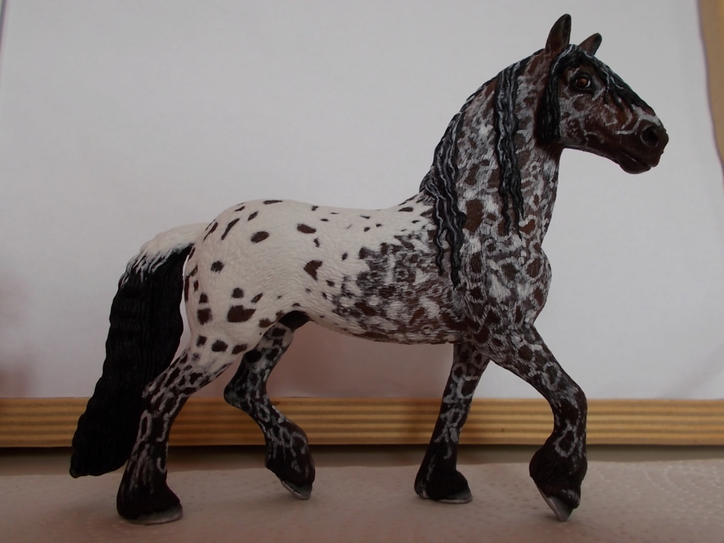 I started with repainting - Schleich horses - Page 4 Friese12