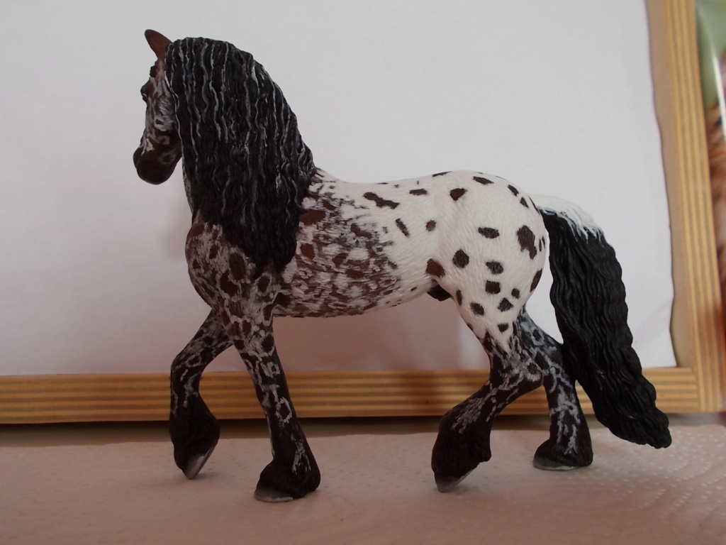 I started with repainting - Schleich horses - Page 4 Friese13