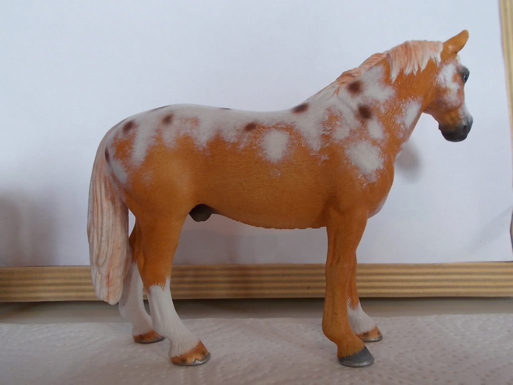 I started with repainting - Schleich horses - Page 4 Hanno_12