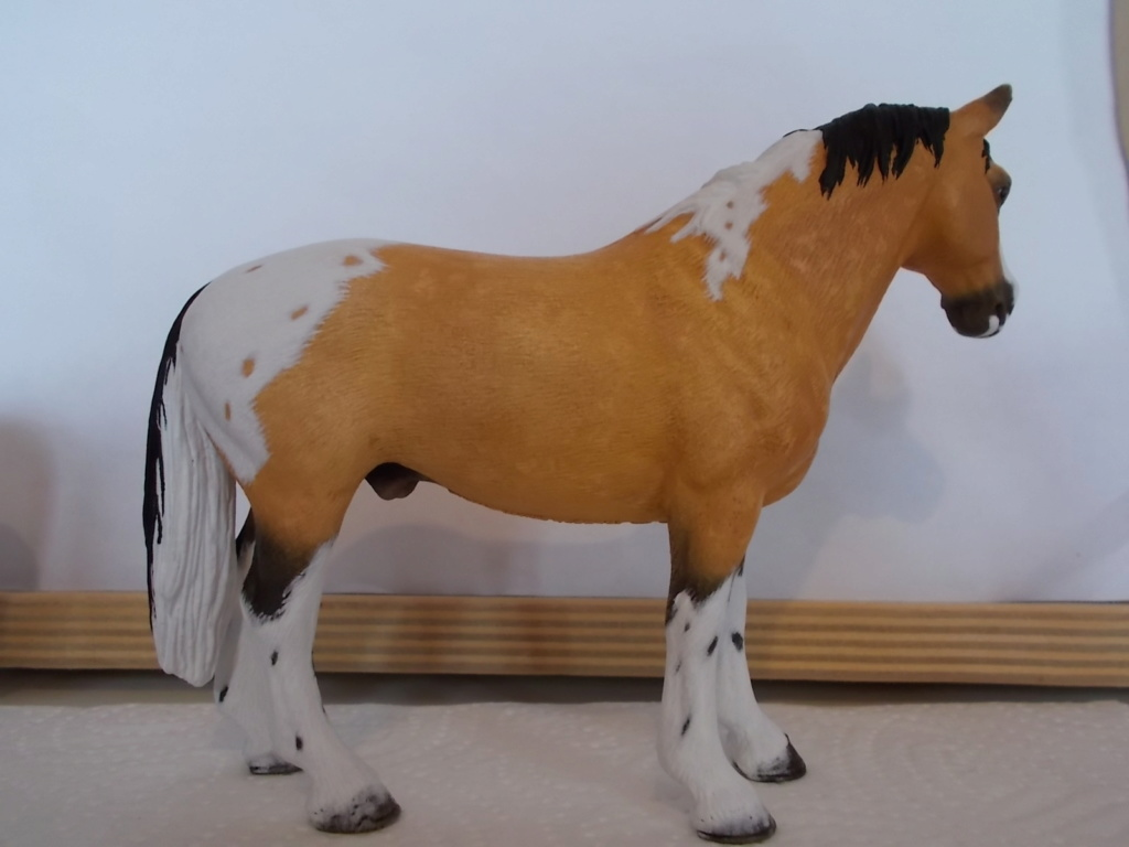 I started with repainting - Schleich horses - Page 4 Hanno_19