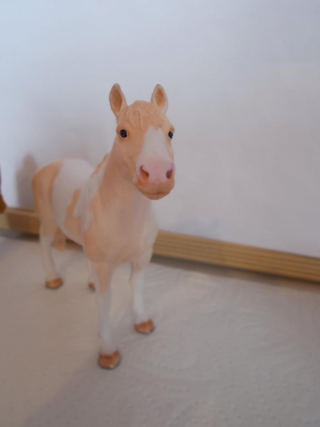 I started with repainting - Schleich horses - Page 4 Knabst11