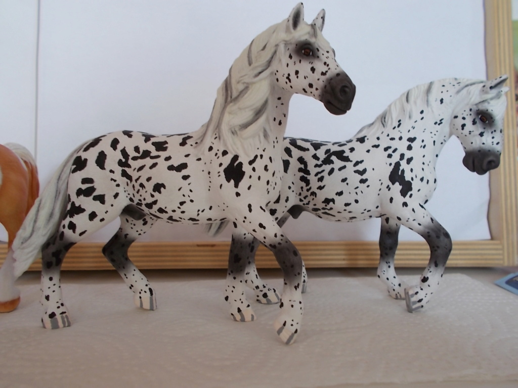 I started with repainting - Schleich horses - Page 4 Tigers10