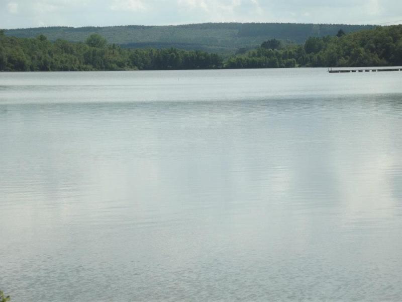 photo du lac des vieilles forges 28380410