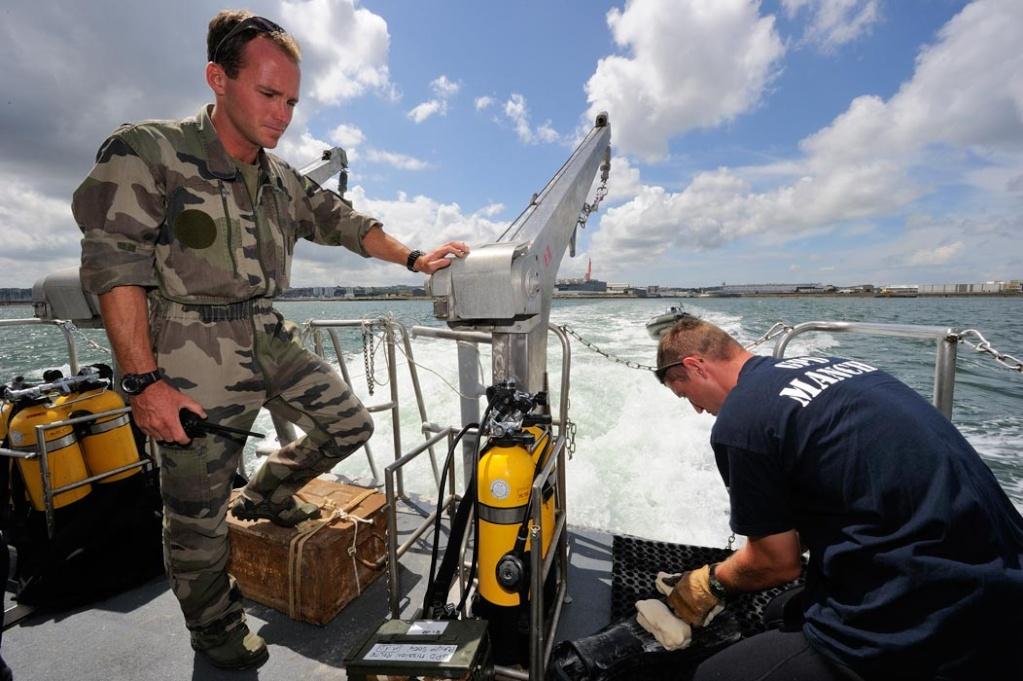 les plongeuses de l'armée Francaise - Page 6 36-n2010