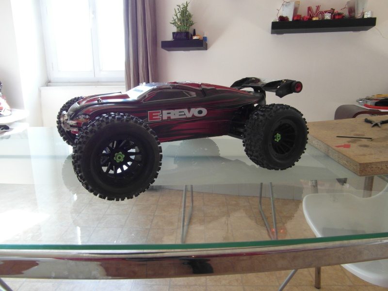 mon revo 3.3 transformer en e-revo brushless - Page 3 Sam_0411