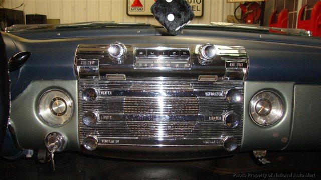 Buick  Classic cars  10146923
