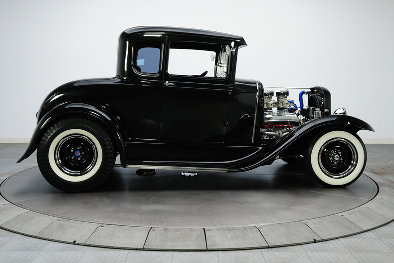 1930 Ford hot rod 16100610
