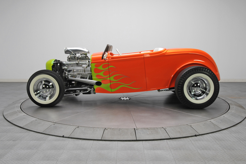 1932 Ford hot rod - Page 2 18789310
