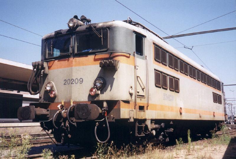 Locomotives et trains vintages 20209g10