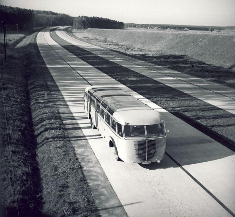 Autobus retro 63114310