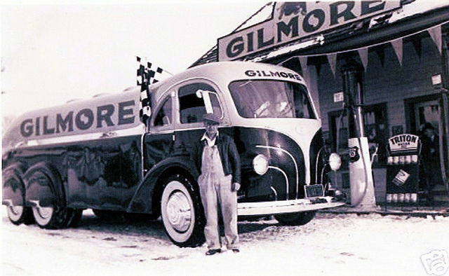 Camions vintages 82114810